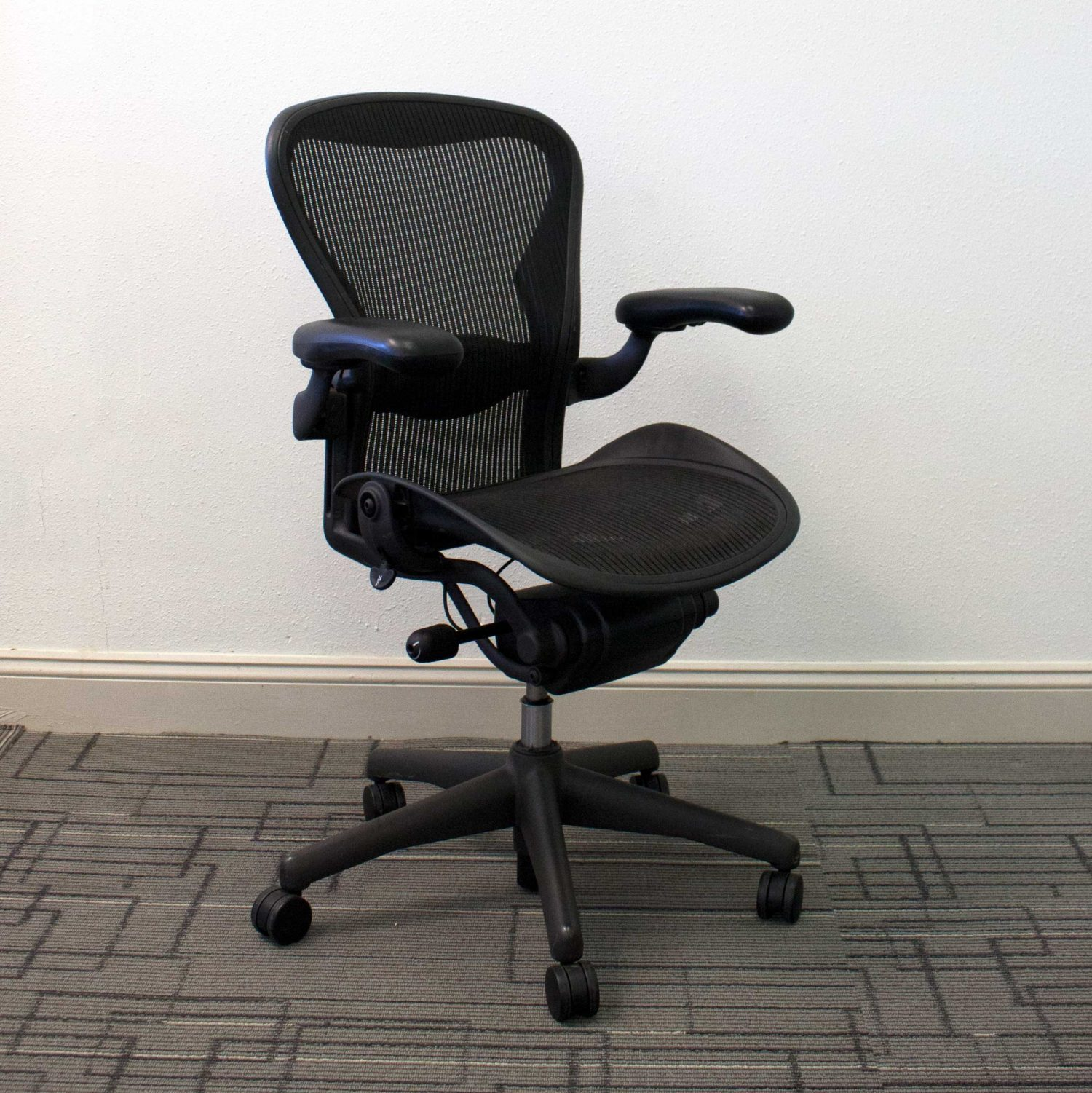 Used Herman Miller Aeron Chairs Size B Vision Office